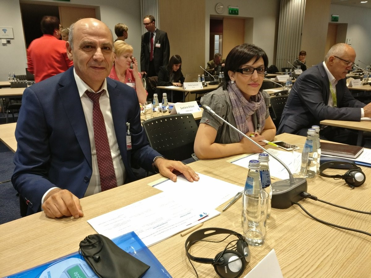 CRSTESA representatives discuss teachers' low wages at the ETUCE CEE Round Table in 2017